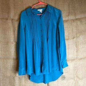 Tyler Boe Blouse Size 10 100% Silk Blue Career Top